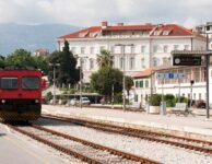 Split main railway station